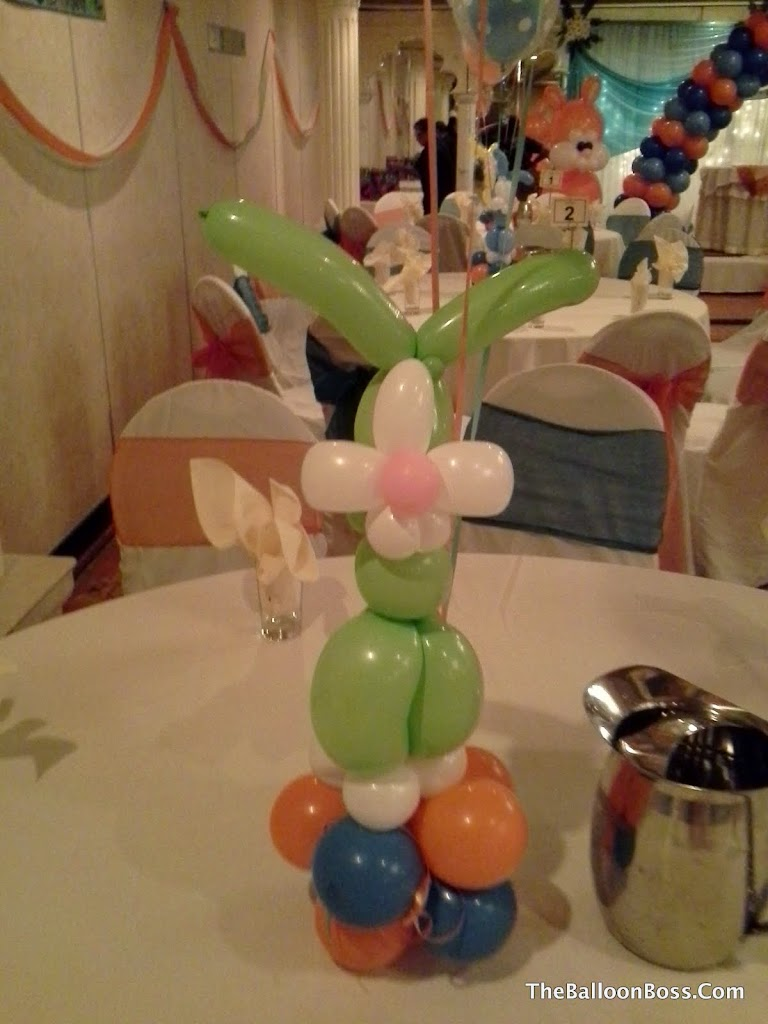 Akbar Easter Bunny (1)