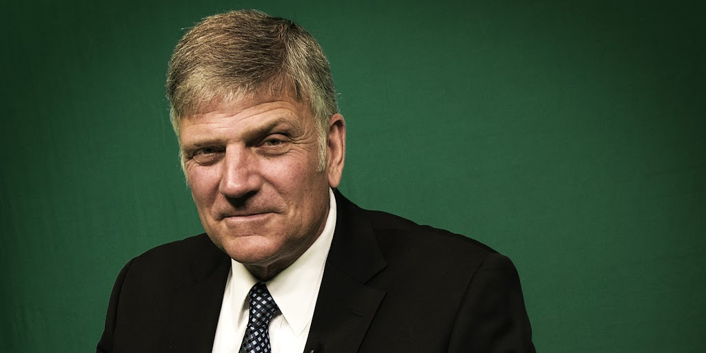 Franklin Graham: Americans are tired of Washington 'corruption' and 'status quo'