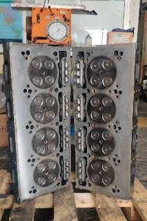Detroit Engine 8V92 Cylinder Head 16V92 Reconditioned  Qty 2 pcs e-mail idealdieselsn@hotmail.com/ idealdieselsn@gmail.com