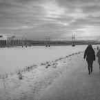 20121214-01-munksjön-path-people.jpg