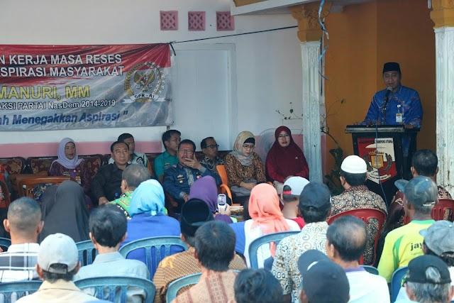 Bupati Hadiri acara Tatap Muka dengan penerima Bantuan stimulan perumahan swadaya(BSPS) tahun anggaran 2017 Dan sekaligus kunjungan Reses  anggota MPR-RI.