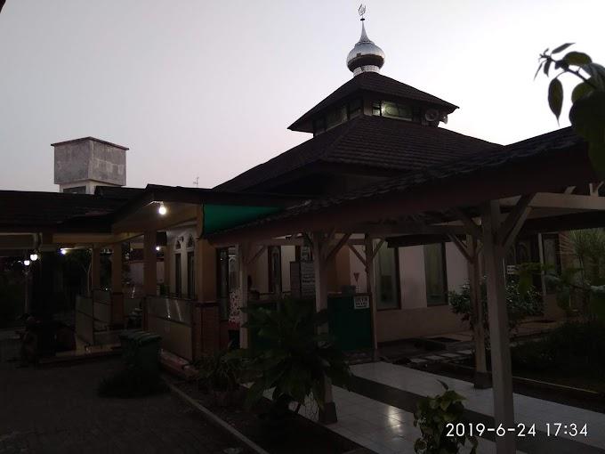 Masjid As-Syifa' Bersih dan nyaman di Komplek RSUD Tidar kota Magelang