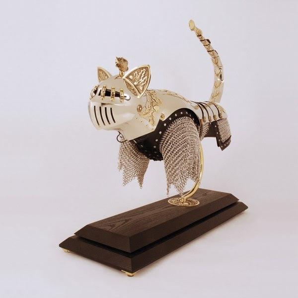 cfvpBKOjr2v1osb1AaRe8Gb95Jyx2lf8zHhC cyh9k=s600 no - Доспехи для кошки