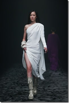 Mercedes-Benz China Fashion Week_GarethPugh7
