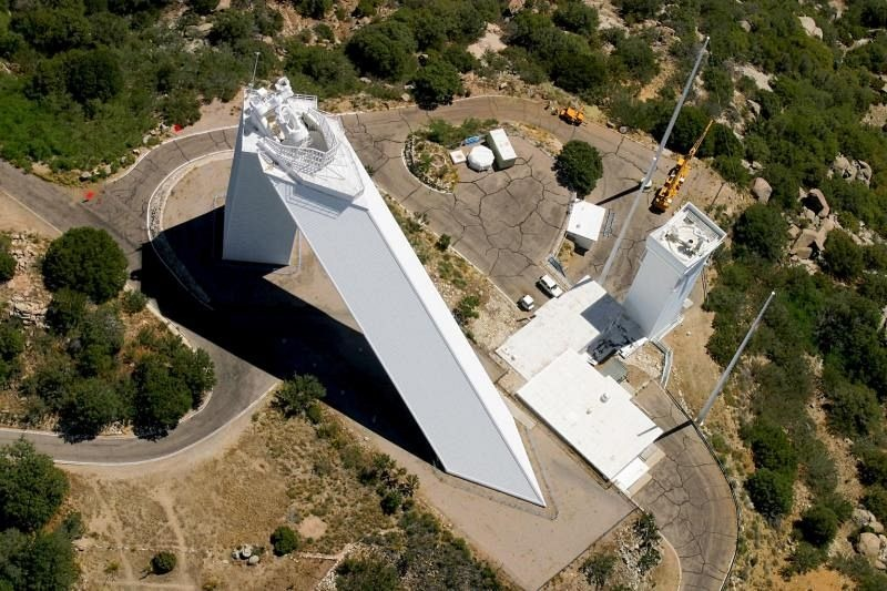 The Mcmath Pierce Solar Telescope Onlinefmradio