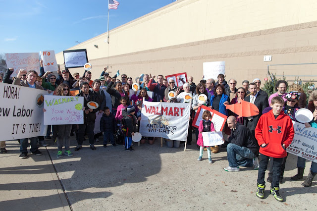 NL- WM action Black Friday (hi res fotos gracias Steve Mcfarland, cpd) - 1123Walmart_2792.jpg