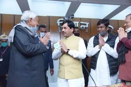 बिहार में जल्द होगा नीतीश मंत्रिमंडल का विस्तार, नड्डा के साथ बैठक में BJP ने फाइनल किए नाम