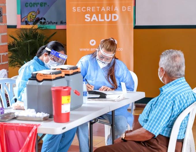 En Envigado continuamos con la vacunación contra el Covid-19 para mayores de 70 años