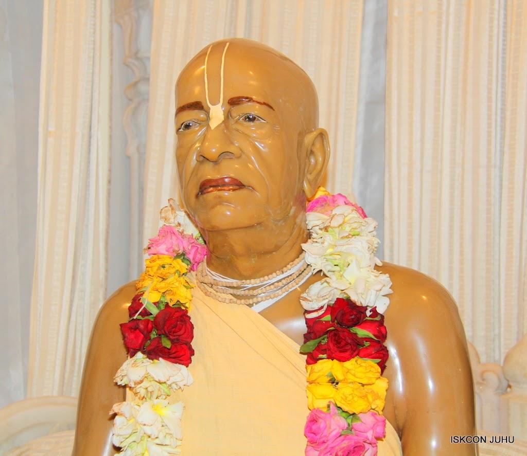 ISKCON Juhu Mangal Deity Darshan on 22nd July 2016 (14)