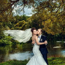 Wedding photographer Vitaliy Kryukov (krjukovit). Photo of 03.09.2014