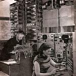 lzta_002_На заводі телеграфної апаратури. Складання телеграфної станції для Китайської Народної Республіки.jpg