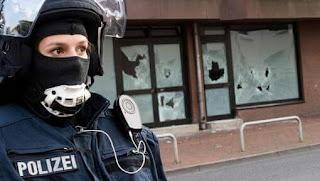 Allemagne : la piste de «coachs» qui «guident» les terroristes jusqu'au passage à l'acte.
