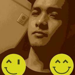 user dennis cortez apkdeer profile image