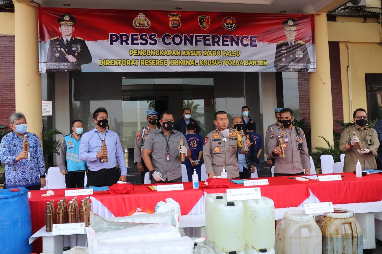 Polda Banten Berhasil Ungkap Produksi Madu Palsu