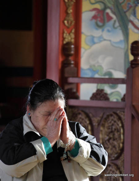 Monthly Molam prayer for Tibet at Sakya Gompa - May 5th 2012 - 05-cc0028%2BA%2BPrayers%2B72.jpg
