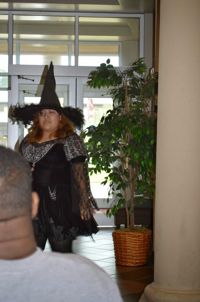 Halloween Costume Contest 2013 - DSC_3601.JPG