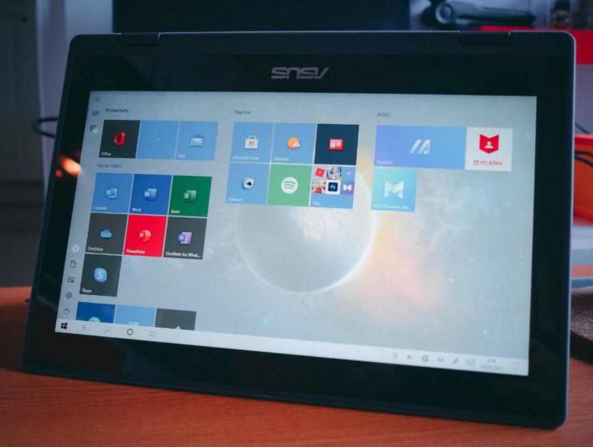 Review Asus BR1100FKA