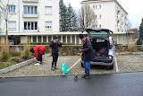 Parking de Saint Symphorien sur Coise: le groupe se prépare