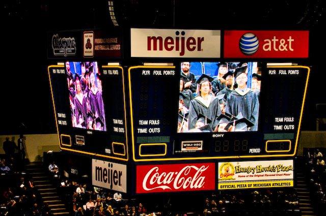 Graduation - 164078_10150109470718083_529413082_7719114_476095_n.jpg