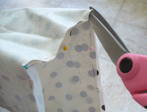 3.  Make a ¼-inch cut at all 4 corners of the bottom to allow the corner seams to be flexible and smooth.