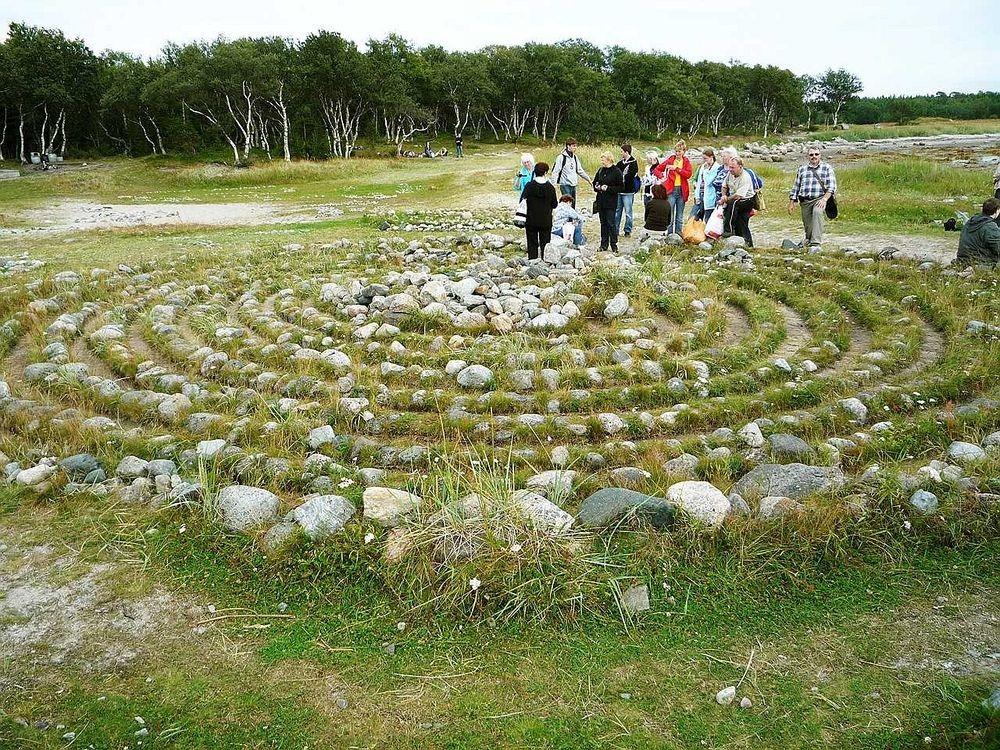bolshoi-zayatsky-labyrinths-9