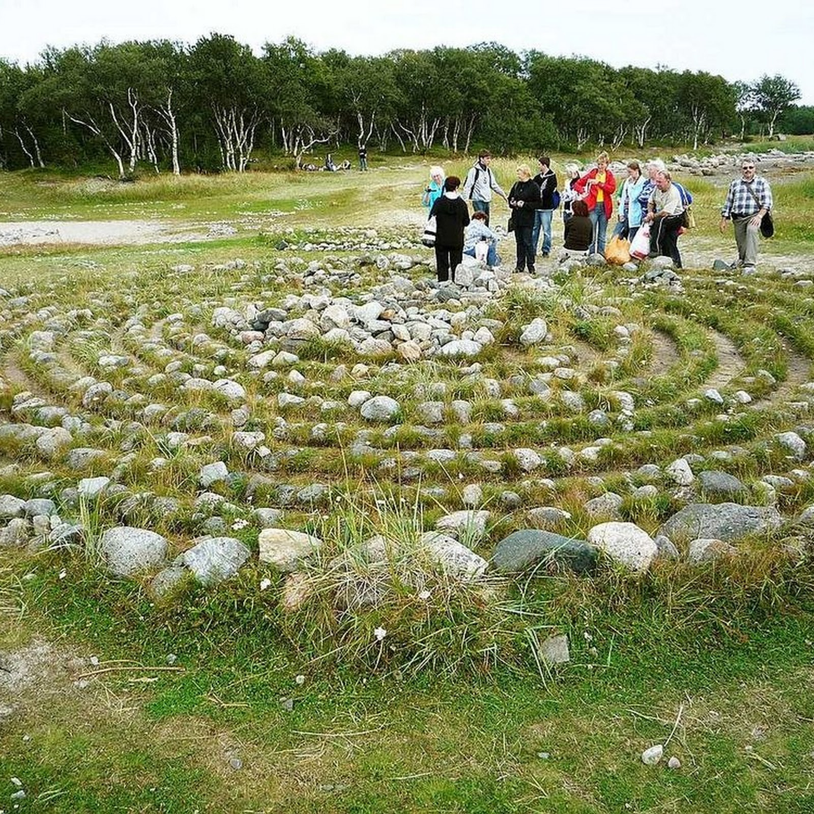 The Stone Labyrinths of Bolshoi Zayatsky Island