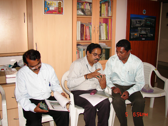 Demonstration of Amateur Radio Satellite communication to Mr Annadurai and Mr Raghavamurthy - DSC00145.JPG