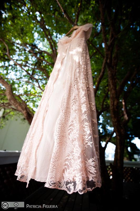 Foto de casamento 0053 de Valeria e Leonardo. Marcações: 27/11/2010, Casamento Valeria e Leonardo, Fotos de Vestido, Madalena Salim, Rio de Janeiro, Vestido, Vestido de Noiva.