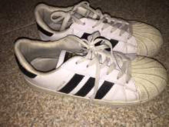 come lavare scarpe bianche adidas