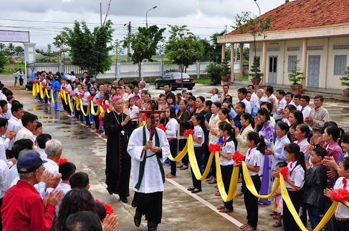 Thánh lễ Thêm Sức tại Đông Mỹ