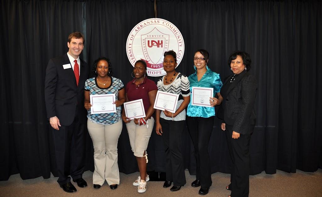 Scholarship Ceremony Spring 2011 - DSC_0081.JPG