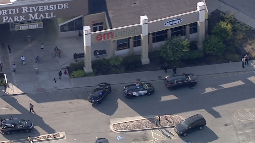North Riverside Mall shooting injures 1; officials say mall closed