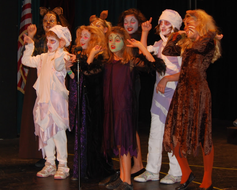 2009 Frankensteins Follies  - DSC_3227.JPG