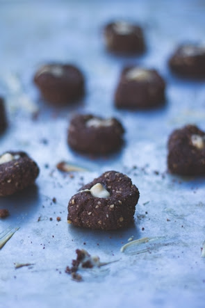 vegan chocolate almond thumbprint cookies