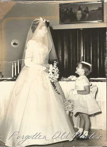 Bride and Flower Girl DL Ant