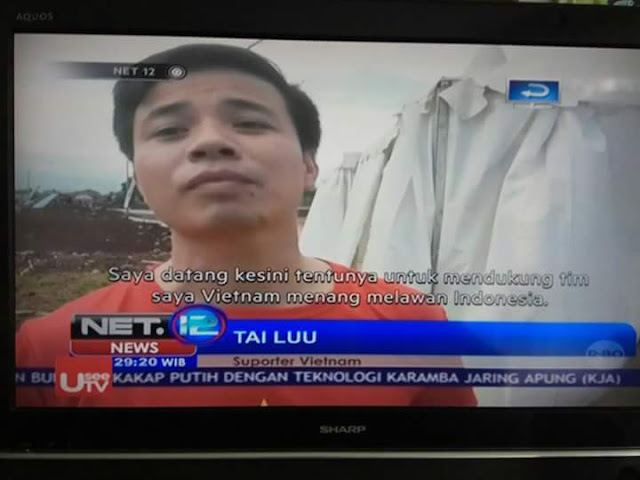 BIKIN NGAKAK ..Supporter Bola Vietnam Dengan Nama Aneh..HOAX Bukan Yah..?? 😂