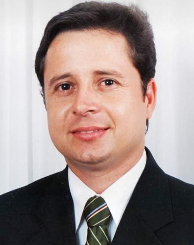 Marcelo Brandt Feijó completa 45 anos e torce para Yves Ribeiro ser o melhor prefeito do Paulista