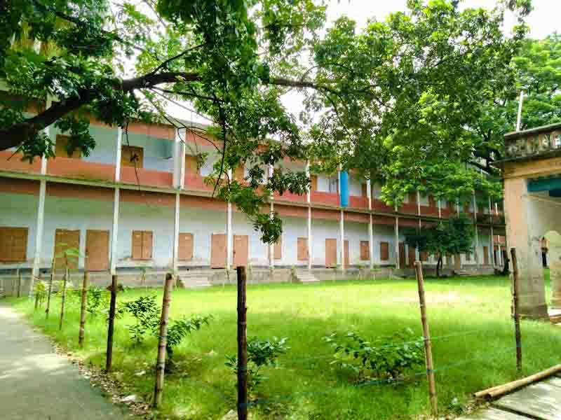 নিশ্চুপ জগন্নাথ বিশ্ববিদ্যালয় ক্যাম্পাস