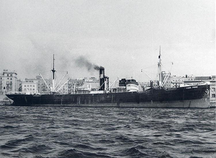 El vapor CABO PRIOR (II). Foto del libro LA NAVIERA YBARRA.JPG