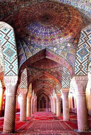 Nasīr al-Mulk Mosque (Pink Mosque)