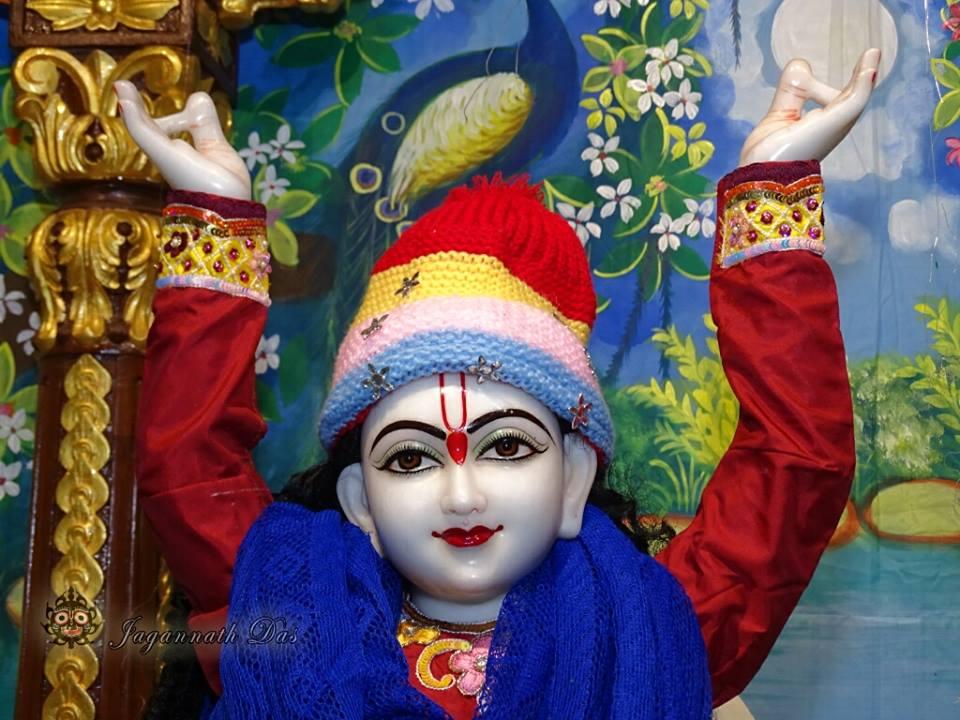 ISKCON Mira Road Mangla Deity Darshan 18 Dec 2015 (7)