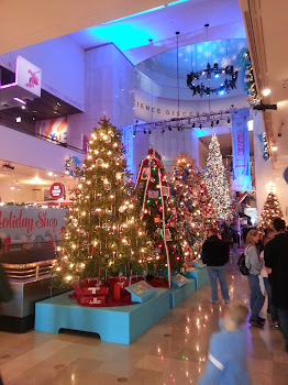 Christmas trees from around the world at The Museum of Science and ...