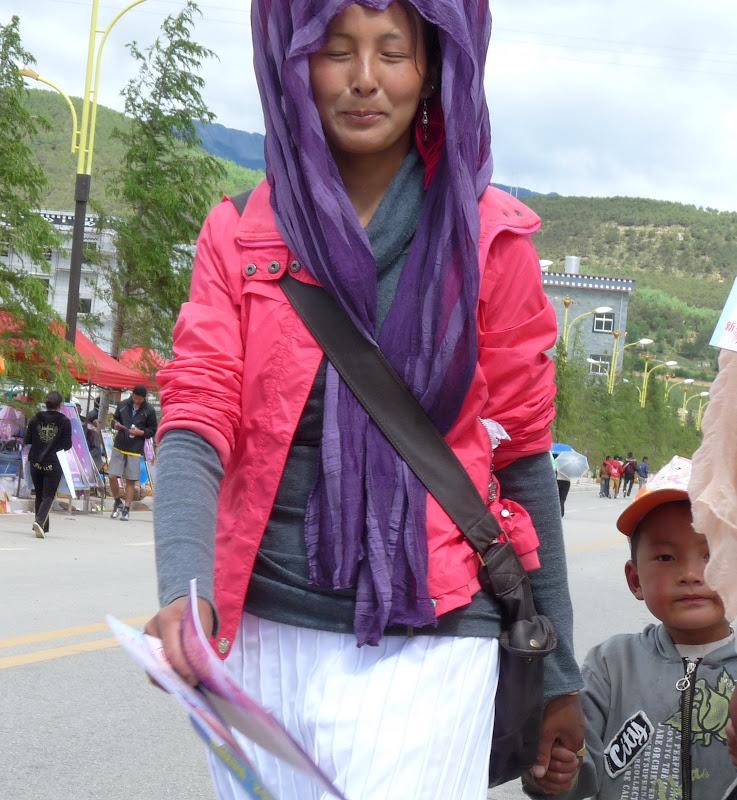 Chine. Yunnan.Shangri la Course hippique annuelle - P1250774.JPG