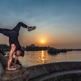 | Hand Stand | Gateway of India | Muscle Power | Sunrise | by Ketan Vikamsey - People Professional People ( photooftheday, canonusa, mumbai, sunrise, natgeoyourshot, gatewayofindia, mumbaimerijaan, incredibleindia, canonasia, lonelyplanet, lonelyplanetmagazineindia, yoga, kvkliks, traveltheworldpix, maharashtratourism, canonphotography, picoftheday, natgeo, natgeotravel, wonderful_places, bbctravels, handstand, ketan vikamsey )