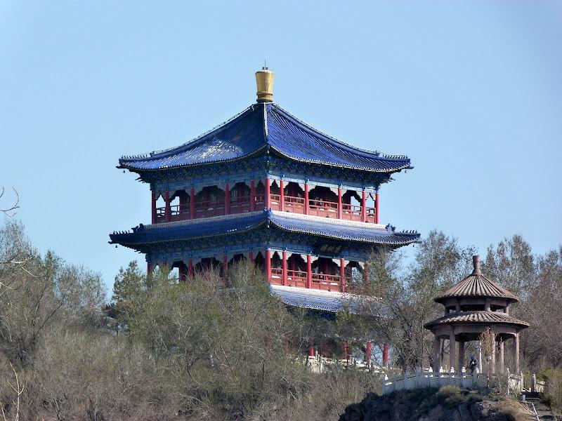 XINJIANG. Urumqi, Grand Bazar, 8 avril - P1270227.JPG
