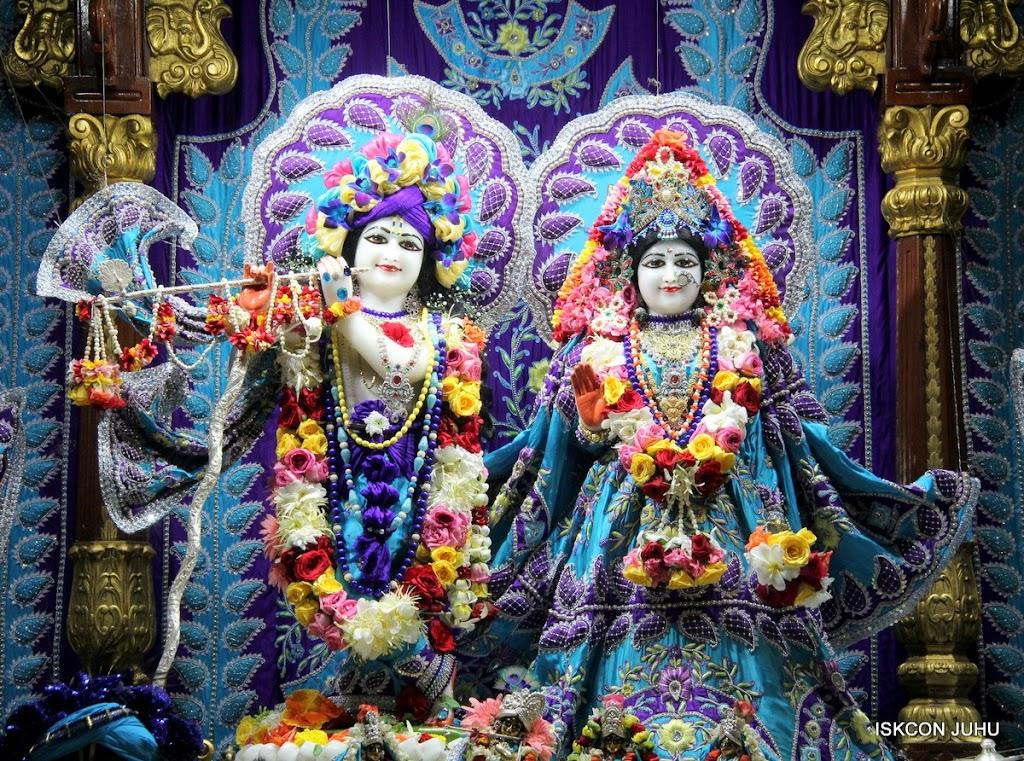 ISKCON Juhu Sringar Deity Darshan 17 Aug 2016 (1)