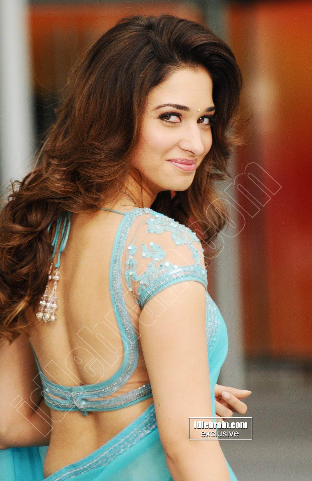 prabash hot tamanna blue saree remove navel kissing from rebal movie