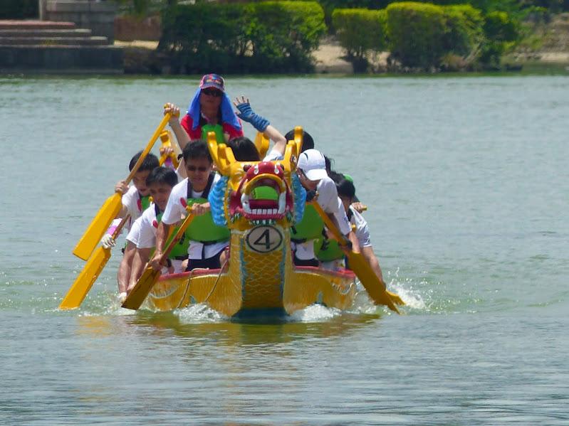 Dragon boat festival à Longtan ( Taoyuan) - dragonboat%2B056.JPG