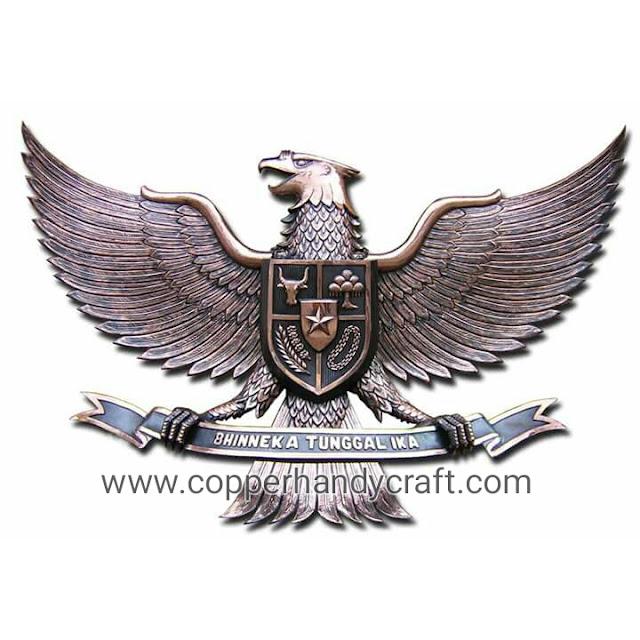 kerajinan logo garuda tembaga dan kuningan