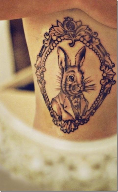 esta_bien_vestida_de_conejo